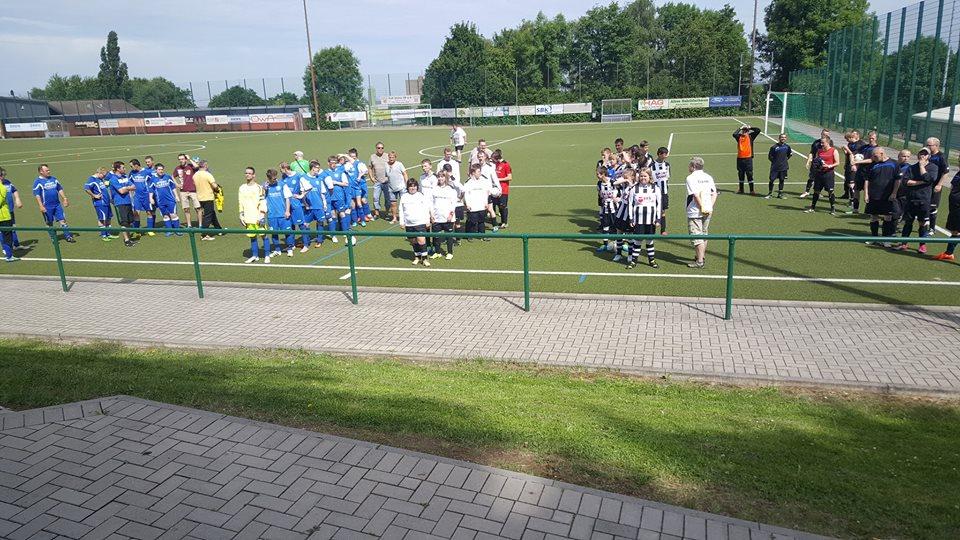 Begrüßung der Mannschaften