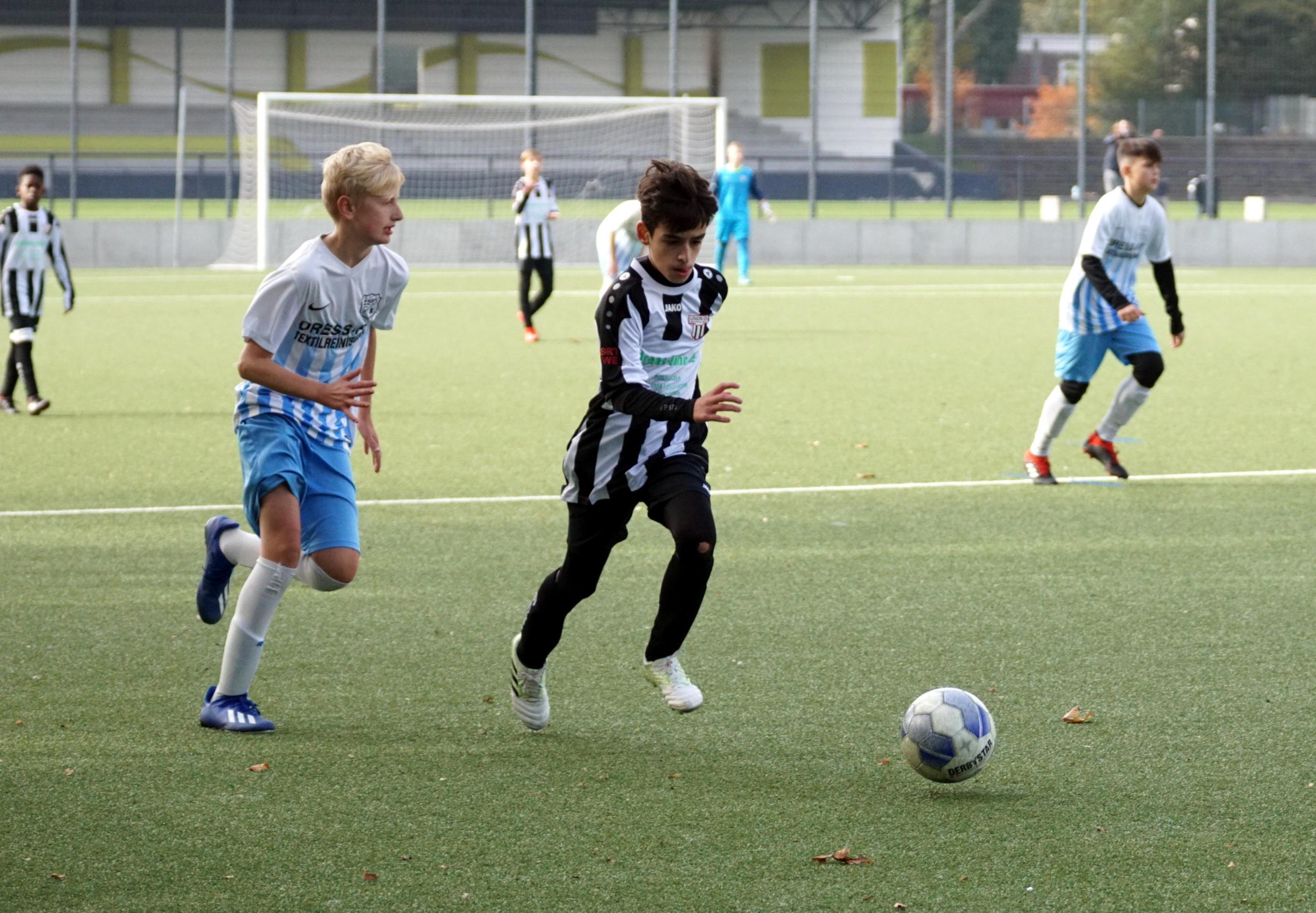 C2 – gewinnt Testspiel gegen FC Saloniki Essen